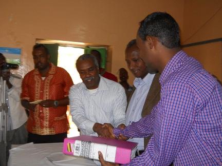 Agaasime Mohamed Abduwahaab Oo Maanta Xilkiisii La Wareegay