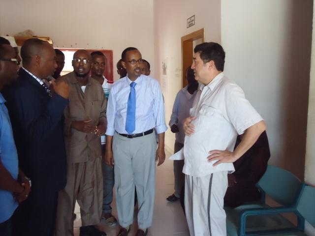 Wasiirka  Wasaarada Waxbarashadda iyo Tacliinta sare ee Puntland oo Kormeer ku tagay Dusiga Sare ee Bosaso iyo Jaamacadda Bariga Afrika.